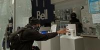 В Каменске-Уральском из магазина украли смартфонов на полмиллиона рублей