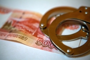 В Каменске-Уральском хозяева контрафактного алкоголя пытались откупиться от полицейских