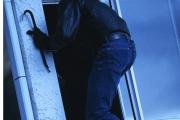 В Каменске-Уральском у вора украли телефон, который он сам перед этим похитил из чужой квартиры