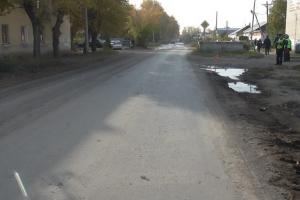 Вчера в Каменске-Уральском 32-летний водитель сбил пенсионерку и сам ее отвез в травмпункт. И получил восемь суток ареста