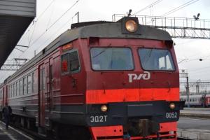 На один день скорректируется расписание электрички, курсирующей из Екатеринбурга в Каменск-Уральский