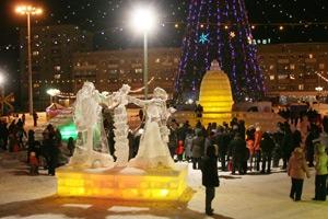 Новогодний городок на площади Ленинского комсомола стилизуют под карту Каменска-Уральского