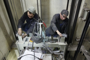 В следующем году в Каменске-Уральском заменят тридцать лифтов в многоквартирных домах. Полный список адресов