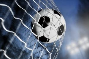 В битве чемпионов в полуфинале Кубка Каменска-Уральского по футболу победил «Барс»
