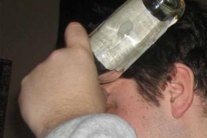 Два года дали жителю Каменска-Уральского, ударившего бутылкой по голове сотрудника ОВО