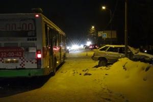 В Каменске-Уральском участником ДТП стал рейсовый автобус
