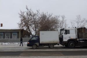 Сегодня днем под Каменском-Уральским из-за столкновения двух машин пострадала женщина-пешеход