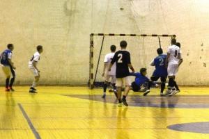 В Каменске-Уральском прошел очередной тур чемпионата города по мини-футболу