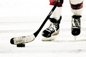 Хоккейная «Синара» из Каменска-Уральского проиграла в первом домашнем матче чемпионата области