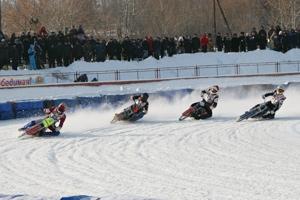 Новый зимний мотосезон в России начнется в ближайшие выходные в Каменске-Уральском. Календарь на сезон