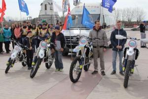 Спортсменам из Каменска-Уральского приобрели четыре новых мотоцикла