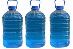 Санитарные врачи Каменска-Уральского обнаружили в одном из магазинов опасный для здоровья стеклоочиститель