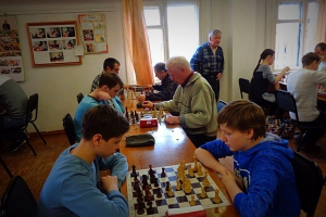 Евгений Фролов в шестой раз стал обладателем Кубка Каменска-Уральского по быстрым шахматам