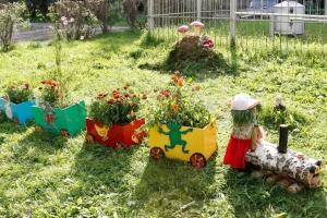 В Красногорском районе Каменска-Уральского с 1 июня стартует смотр-конкурс по благоустройству и озеленению дворов