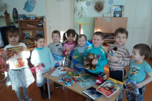 Детсадовцы из Каменска-Уральского получили необычные подарки в рамках всероссийского проекта «Плюшевый мишка»