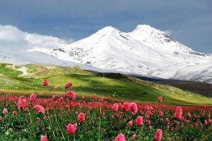 Туристы трубного завода из Каменска-Уральского собираются покорить величайшую вершину нашей страны – Эльбрус
