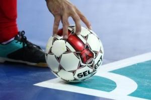 Чемпион Каменска-Уральского по мини-футболу выбыл из розыгрыша Кубка города