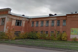 Пустующее здание по Кирова, 10 в Каменске-Уральском все-таки снесут. На это потратят почти миллион