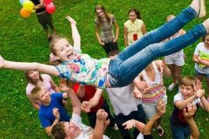 1 марта в Каменске-Уральском начинается прием документов для получения путевок в детские оздоровительные лагеря