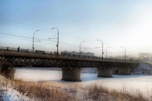 Прокуратура обязала администрацию и УГХ Каменска-Уральского провести капитальный ремонт Байновского моста до 31 декабря 2018 года