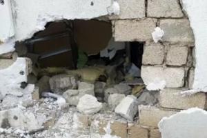 У жителя Каменска-Уральского обворовали гараж, сломав стену. Правда, он там не был несколько месяцев, хоть хранил пистолет