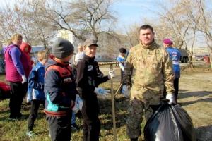 Участниками экологических субботников в Каменске-Уральском стали 16 тысяч 786 человек