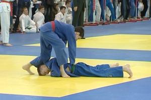 Спортсмен из Каменска-Уральского выиграл бронзу международного турнира по дзюдо в Челябинске