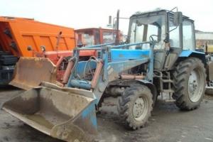 В Каменске-Уральском воры похитили ковш с трактора
