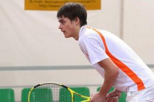 Теннисист из Каменска-Уральского выбыл из розыгрыша Кубка России