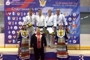 Сотрудник колонии из Каменска-Уральского стал бронзовым призером чемпионата ФСИН России по дзюдо