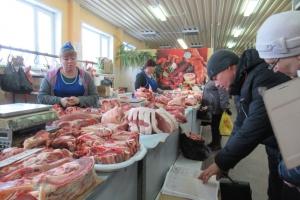 В Синарском районе Каменска-Уральского торговали свининой, где не полагается. Итог - штраф