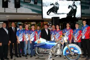 Мотоспортсмены Каменска-Уральского отчитались о готовности к зимнему сезону. Кто будет защищать честь города