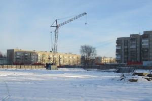 В Каменске-Уральском возобновились работы на месте, где ранее планировали построить дворец с искусственным льдом