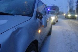 В Каменске-Уральском сегодня на пешеходном переходе пострадала 15-летняя девушка