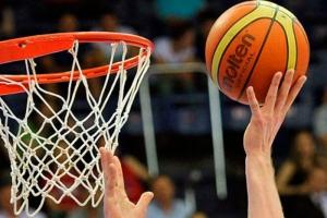 «Баскур» из Каменска-Уральского одержал первую победу в первенстве области по баскетболу