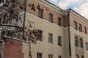 Вчера днем в Каменске-Уральском опять произошел пожар в заброшенном здании больницы №6