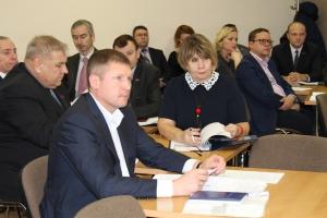 Парковка на газонах и собачьи «следы» в Каменске-Уральском официально подорожали