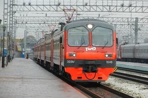 Из-за сложных погодных условий сегодня отменили комиссионный сбор за оформление билетов в электричках, идущих из Екатеринбурга в Каменск-Уральский