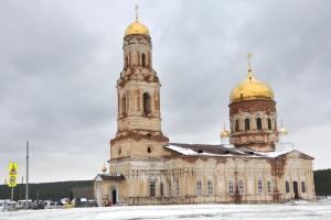 Центр «Забота» из Каменска-Уральского обеспечил продуктовыми наборами многодетные семьи и одиноких пенсионерок из села Маминское