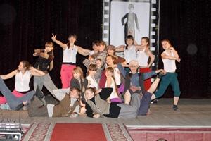 Жители дома №1 на улице Синарская Каменска-Уральского требуют с театра «Да здравствуют дети!» арендную плату