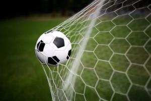 Сегодня стартует седьмой тур чемпионата Каменска-Уральского по футболу