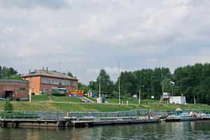 На базе «Металлист» в Каменске-Уральском стартовал летний сезон. Можно покататься на лодка и катерах