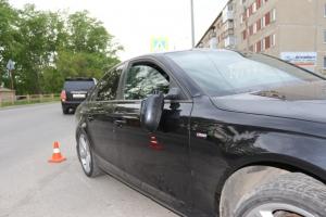 Вчера вечером в Каменске-Уральском на пешеходном переходе автомобиль сбил 48-летнюю женщину