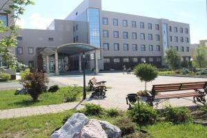 Жителям Каменска-Уральского расскажут кто и в какие сроки может получить бесплатную помощь в Уральском клиническом лечебно-реабилитационном центре