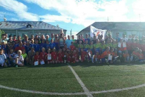 Команда «Юстор» из Каменска-Уральского стала призером необычного футбольного турнира «Города-соседи-2017»