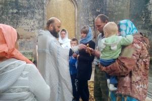 В храме села Исетское, что под Каменском-Уральским, состоялось первое за восемьдесят лет крещение