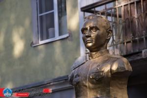 В Каменске-Уральском состоялось открытие памятника герою Советского Союза Ивану Кадочникову