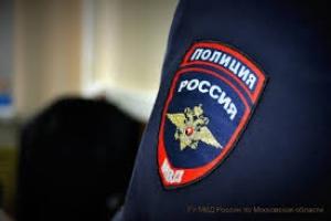 Полицейским Каменска-Уральского пришлось забрать двух детей у их пьющей матери