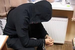 В Каменске-Уральском 22-летний молодой человек на одной из центральных улиц ограбил 13-летнего школьника