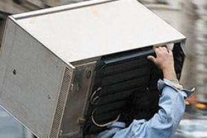 В Каменске-Уральском нашли похитителей стиральной машины